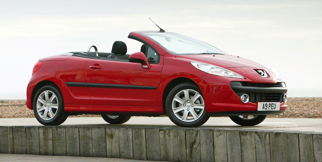 Peugeot 207 CC zaradio 5 NCAP zvezdica