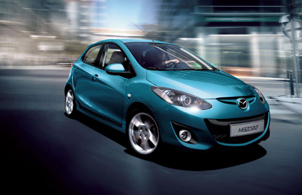 Pariz: Restilizovana Mazda2