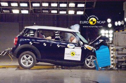 EuroNCAP: Pet zvezdica za MINI Countryman