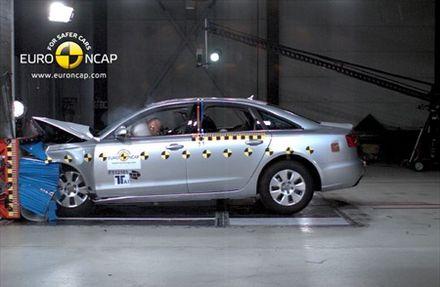 Euro NCAP: Pet zvezdica za Audi A6