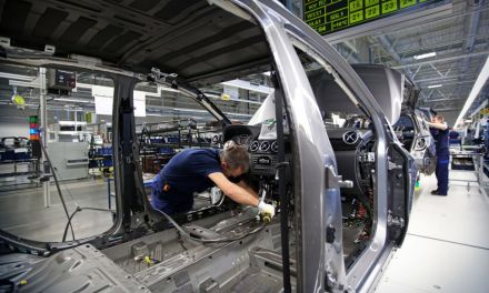 Mercedes smanjuje broj platformi