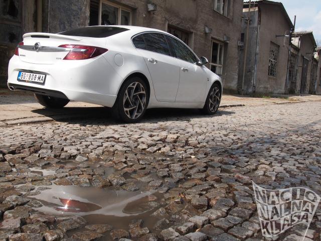 Prvi utisci: Opel Insignia 2.0 CDTI OPC Line