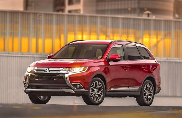 Tokio: Mitsubishi predstavio restilizovani Outlander
