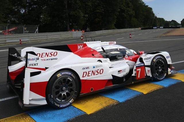 Le Mans: Tojota 1-2 posle sedam sati, Porše u problemu sa jednim prototipom