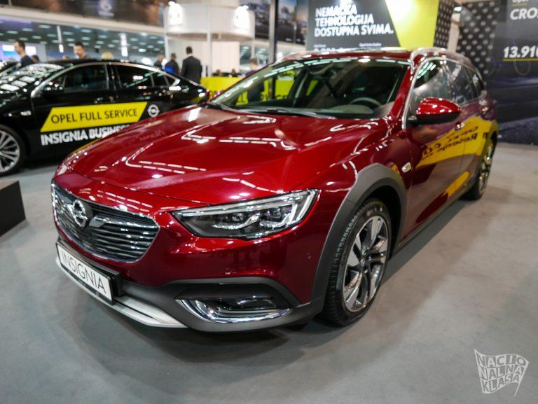 Car Show: Opel predstavio Insignia Country Tourer