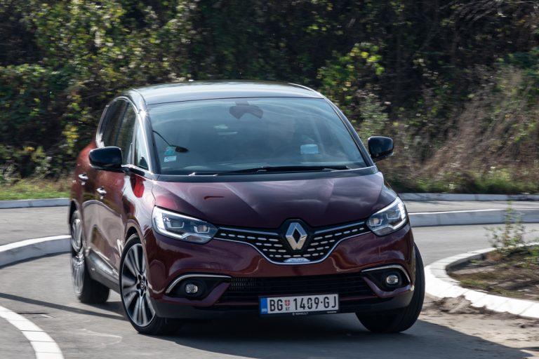 NK TEST: Renault Scenic TCe 160 FAP Initiale Paris