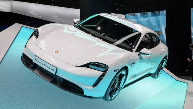 Frankfurt: Porsche Taycan