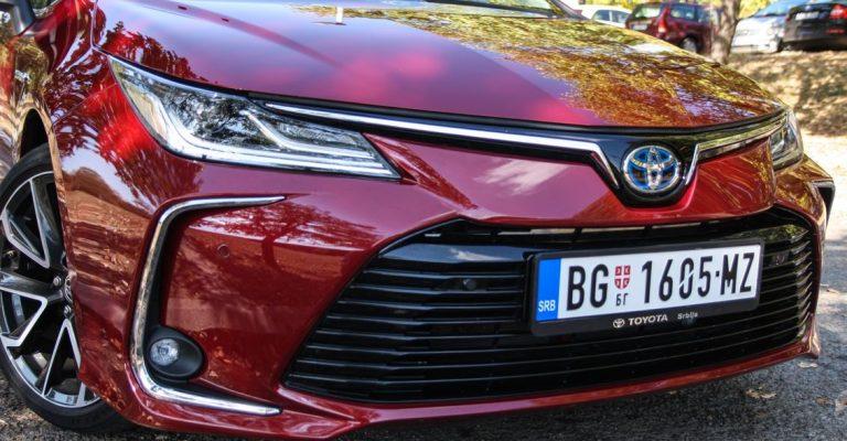 NK TEST: Toyota Corolla 1.8 Hybrid