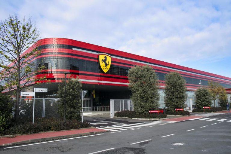 Električni Ferrari stiže 2025.