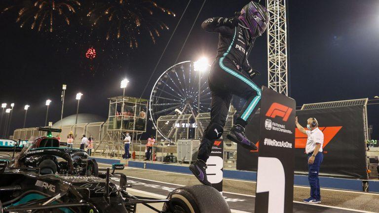 F1: Hamilton se odbranio od Verštapena za prvu pobedu u 2021.