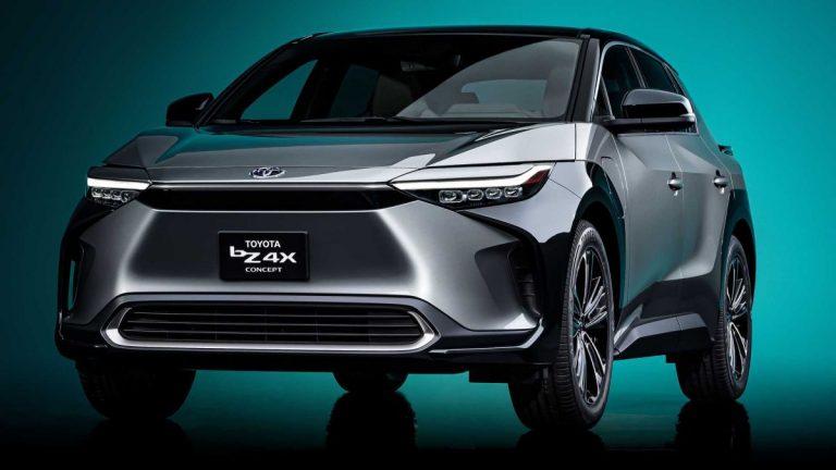 Šangaj: Toyota bZ4X koncept