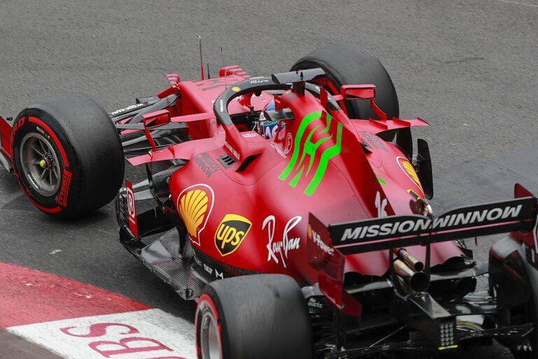 F1: Leklerk na pol poziciji, ali i u ogradi pored staze na kvalifikacijama za VN Monaka