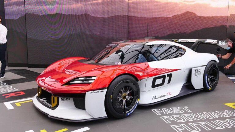 Minhen: Porsche Mission R koncept