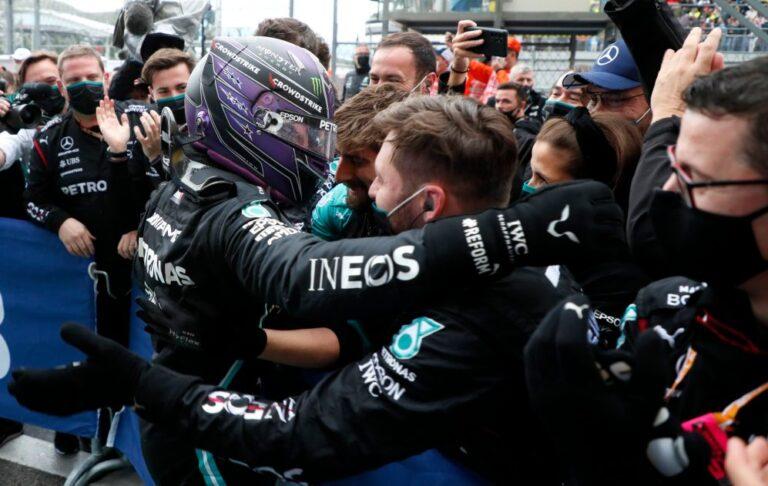 F1: Hamilton odložio prvu pobedu Norisa posle drame u Rusiji