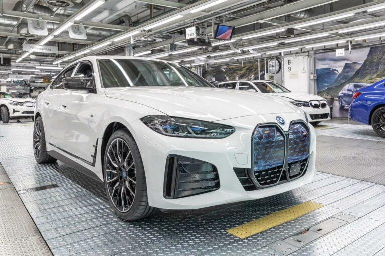 BMW: Počela proizvodnja električnog i4